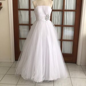 Chicas White Quinceañera ballgown dress XS-XXS